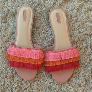 Fringe slippers!!! 😍😍